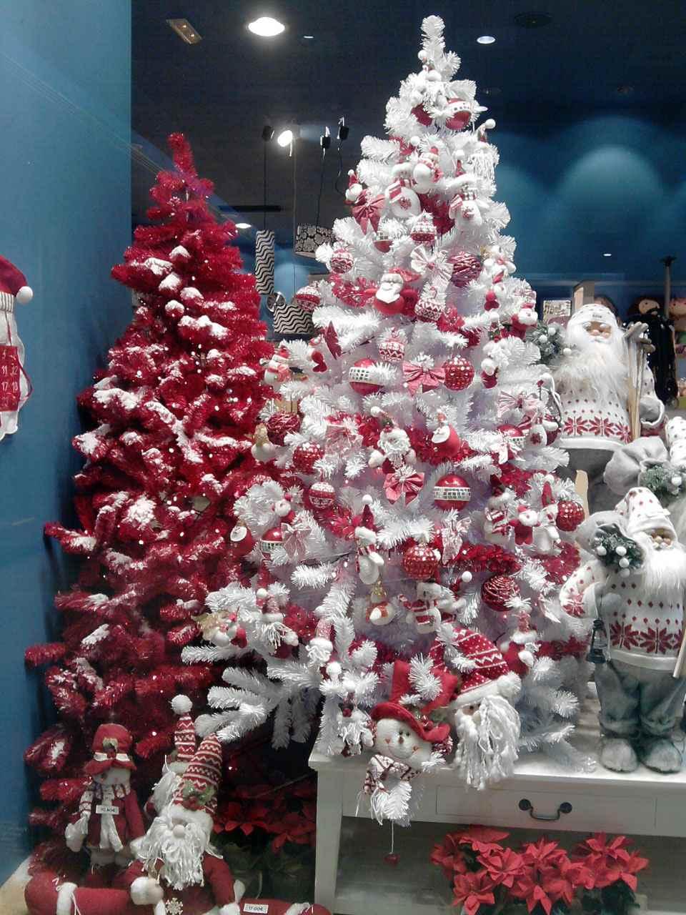 rbol de navidad rojo