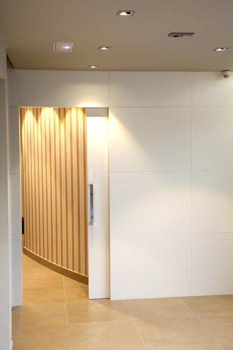 puertas de ba o blancas puertas correderas bano - Puertas Correderas Blancas