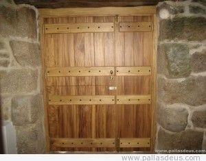 Puerta rústica